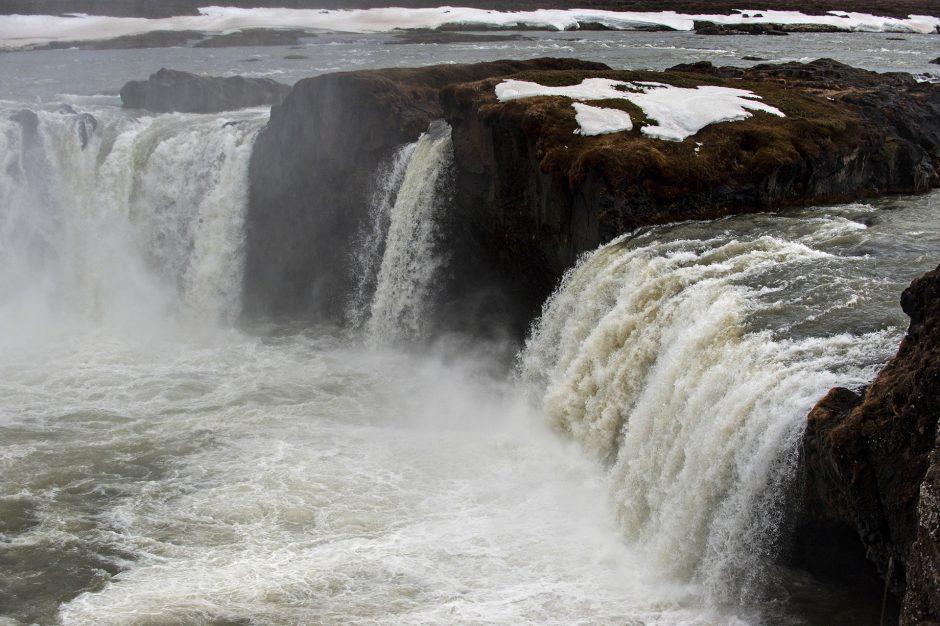 un particolare delle cascate Goðafoss in Islanda.